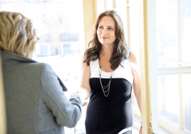 """4 bonnes réponses à la question """"Parlez-moi de vous"""" en entretien d'embauche"""