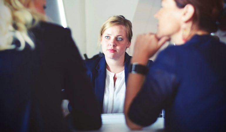 Parler de son ancienne boîte dans un entretien d'embauche: nos conseils